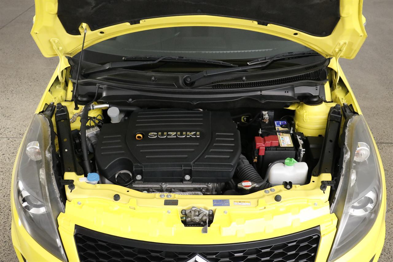 Suzuki Swift stock #34184