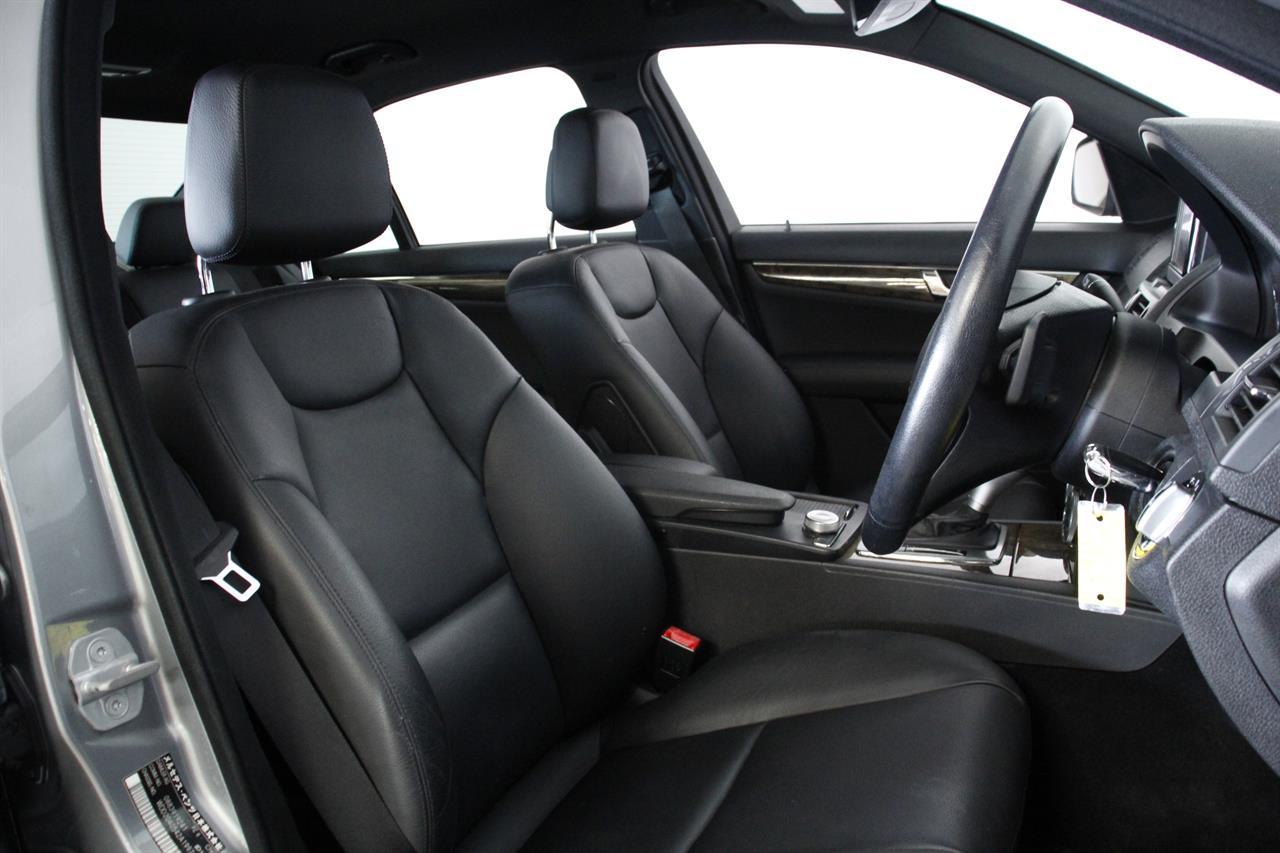 Mercedes Benz C 300 stock #34484