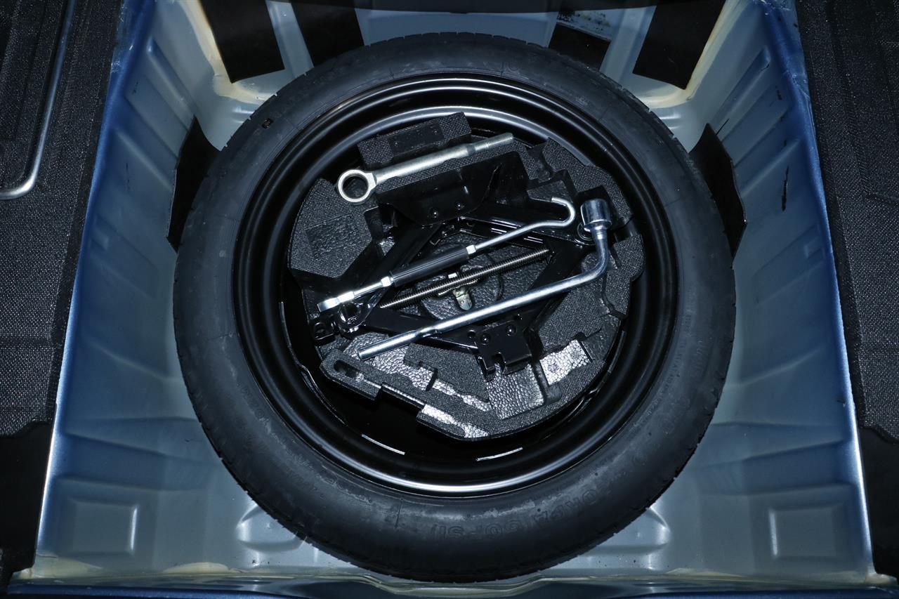 Subaru Legacy stock #32499