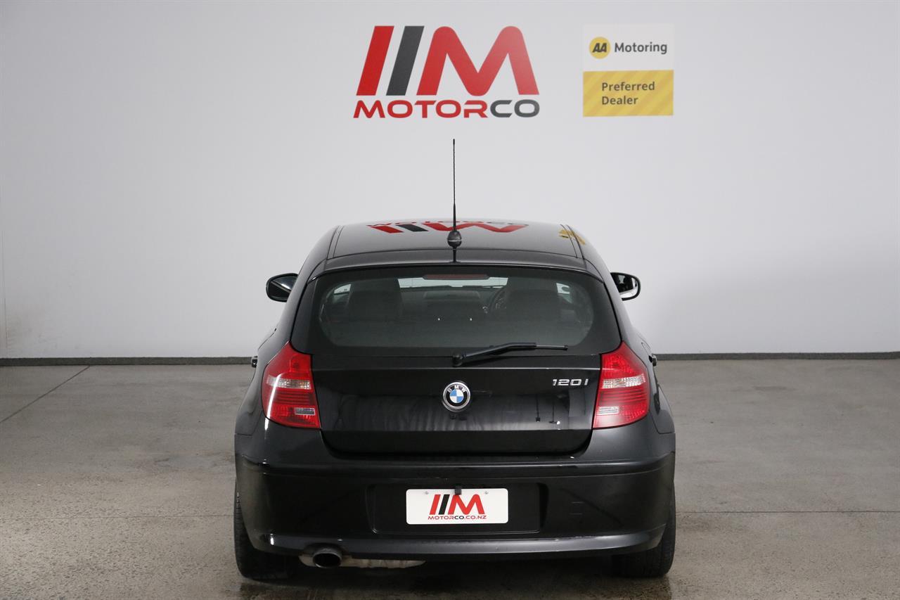 BMW 120i stock #34095