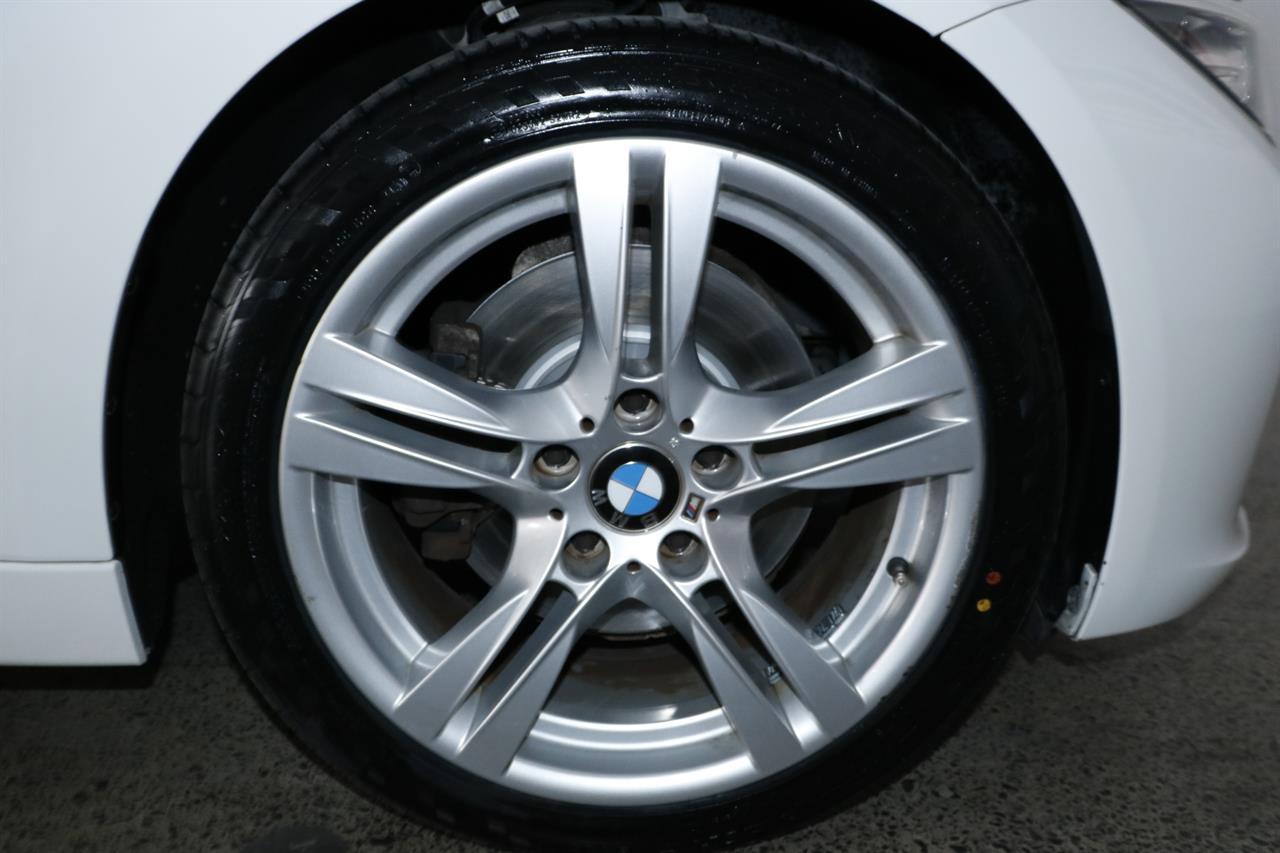 BMW 328i stock #32540