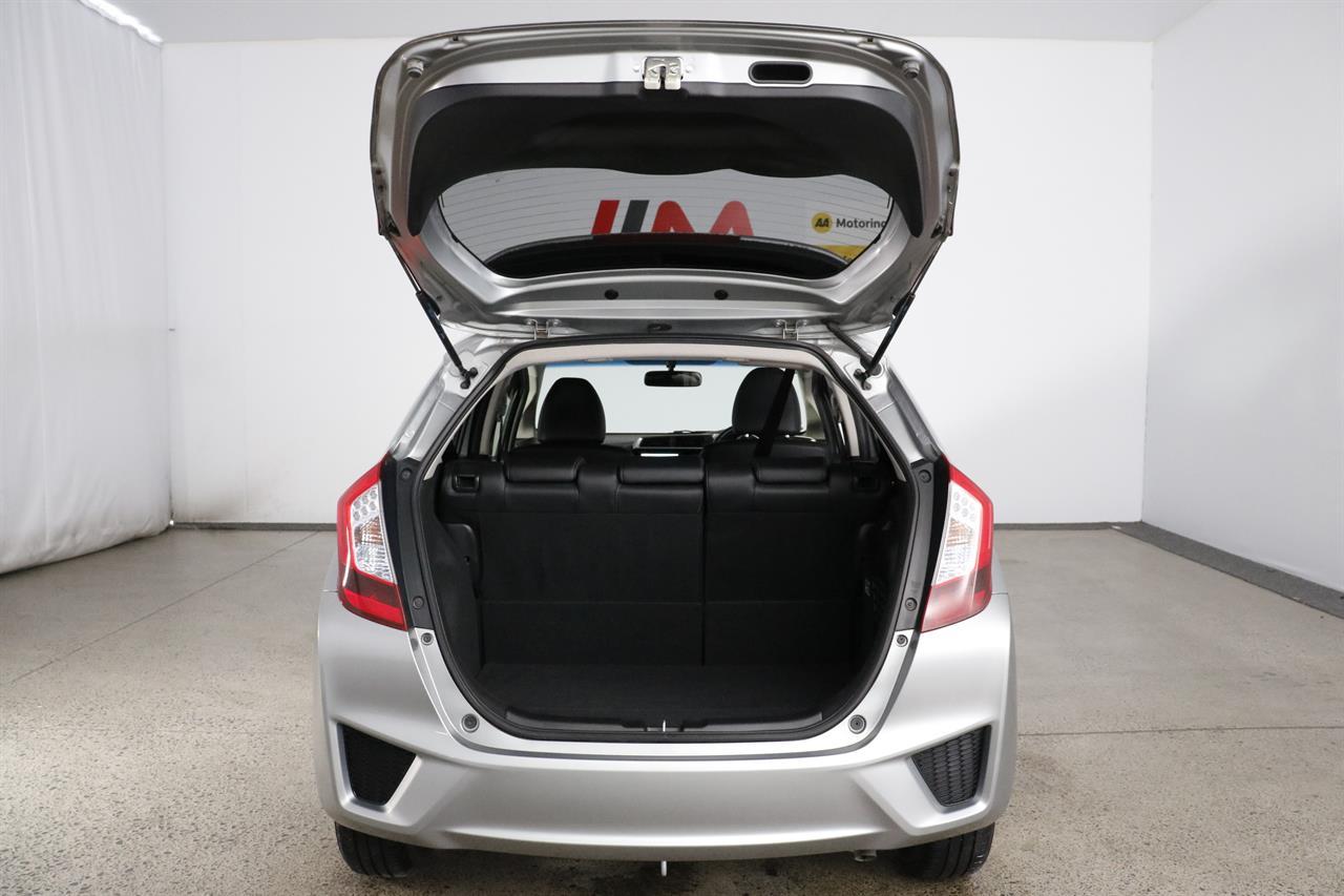 Honda Fit Hybrid stock #34605