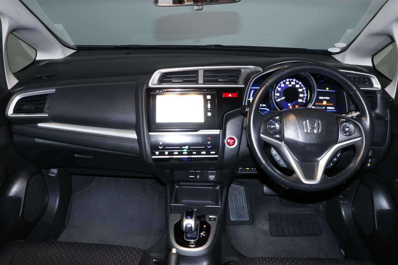 Honda Fit Hybrid stock #32703