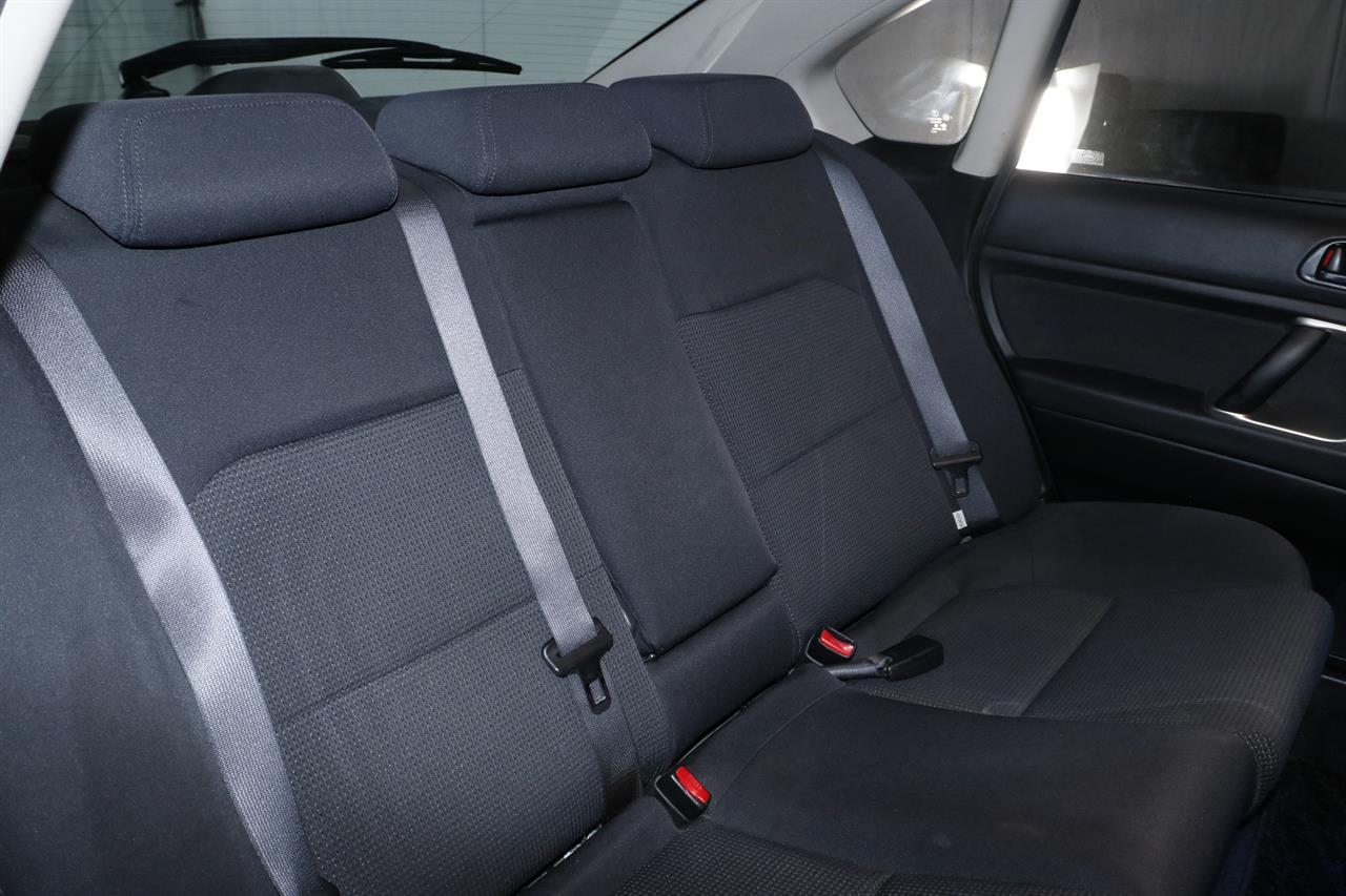 Subaru Legacy B4 stock #32472