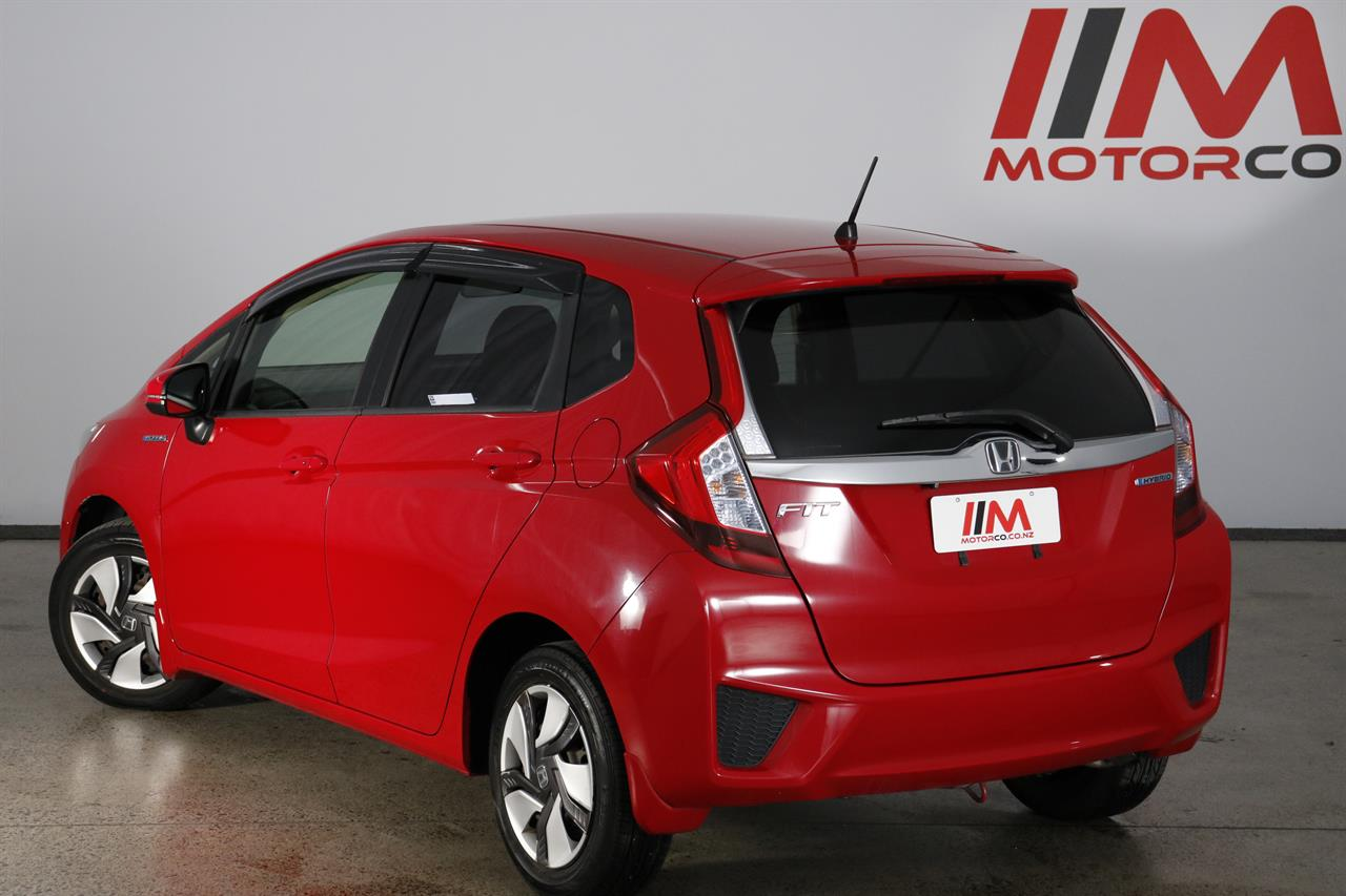 Honda Fit Hybrid stock #33119