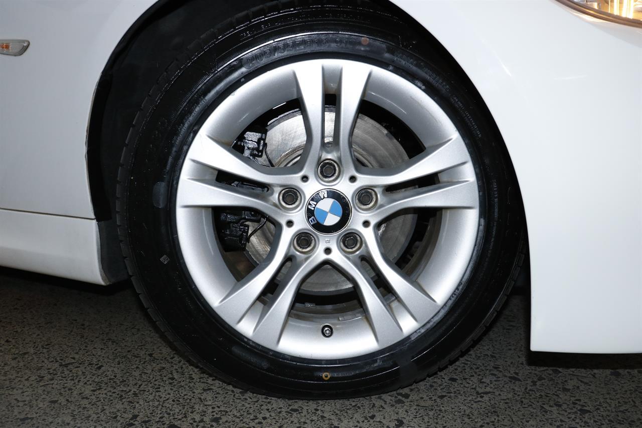 BMW 325i stock #32366