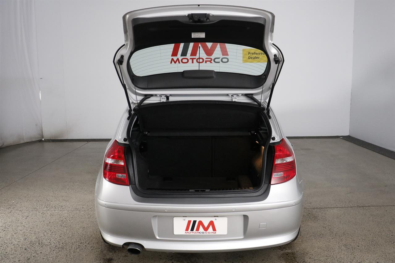 BMW 120i stock #34246